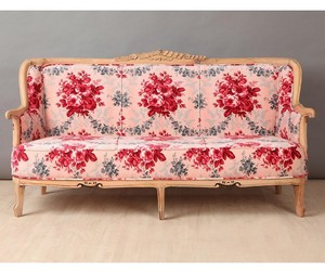 Sofa Vintage Red Rose