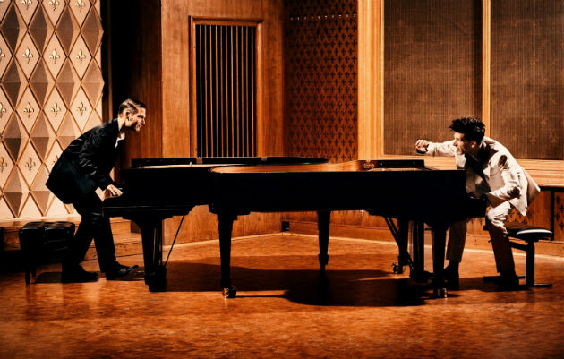PIANO BATTLE - doi pianisti, sase runde, Chopin vs. Liszt, Debussy vs. Schubert, alb vs. negru