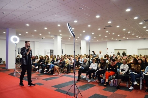 COSMETICS BEAUTY HAIR si MODEXPO II 2019